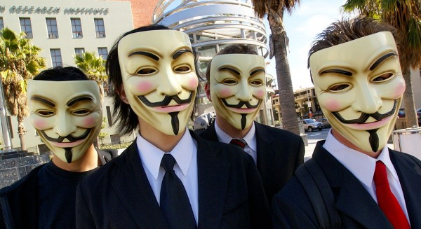 1280px-Anonymous_at_Scientology_in_Los_Angeles