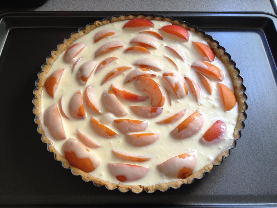Apricot crème fraîche tart | Life of Pie | THEA 10