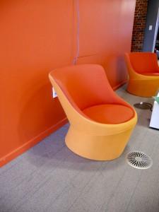 OMMH: Orange, modern, medium, hand like